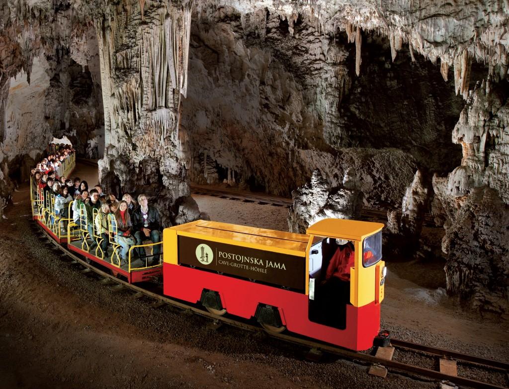постойнска пещера