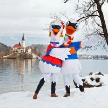 Zaki and Rozi_01_Winter Animation_Foto Jost Gantar 02 15
